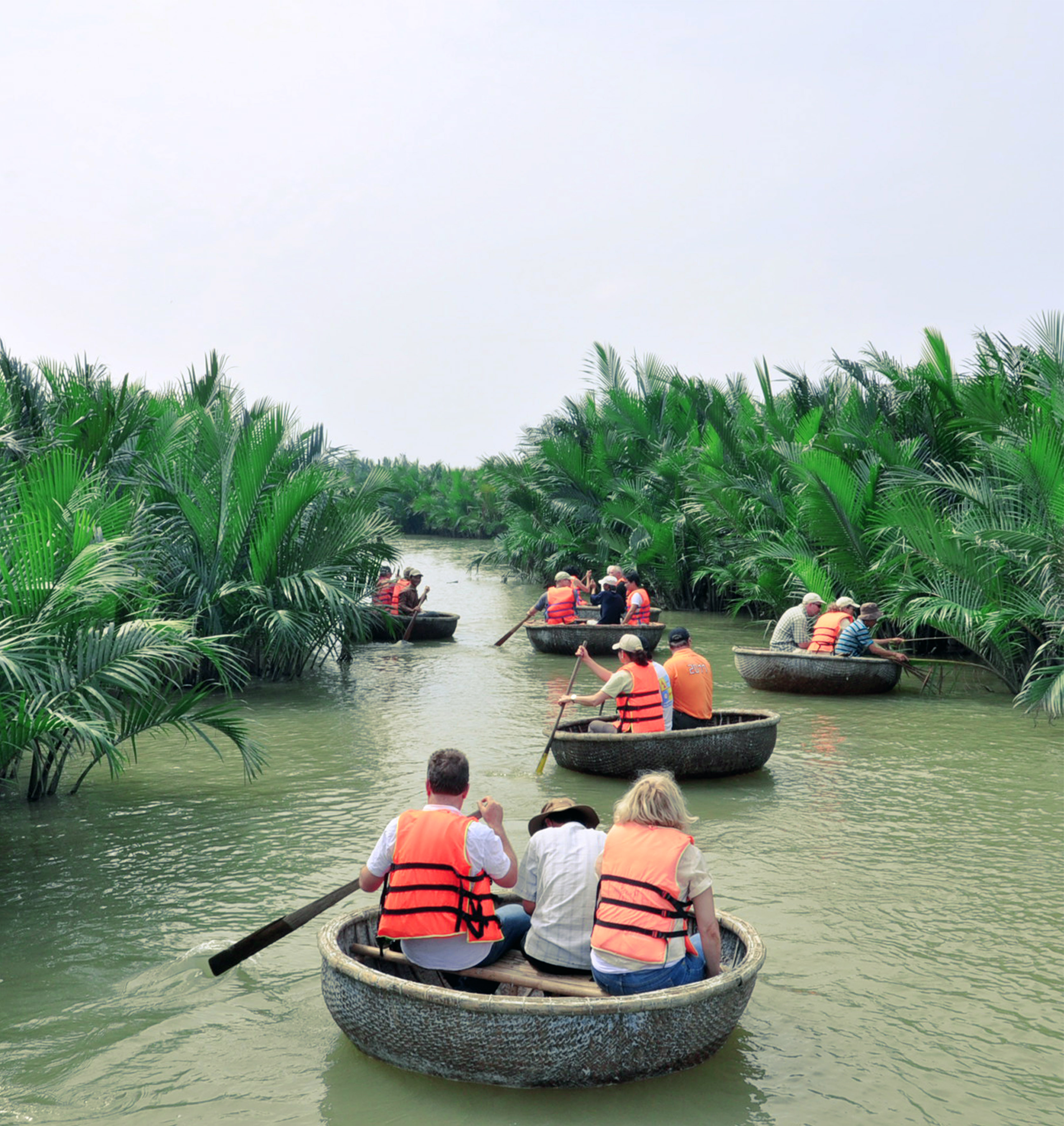 Private Tour: Rowing Basket Boat In Cam Thanh