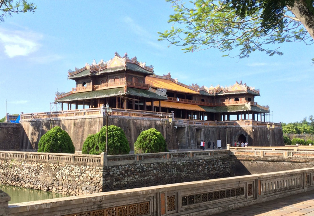 Private Tour: Discover Hue Citadel
